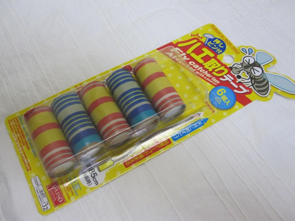 百円ショップDAISOのハエ取りテープ