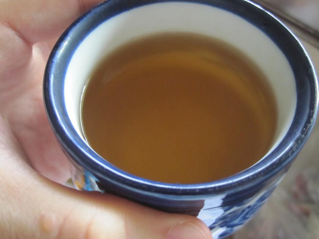 黄金色をしたハーブティー・薬草茶