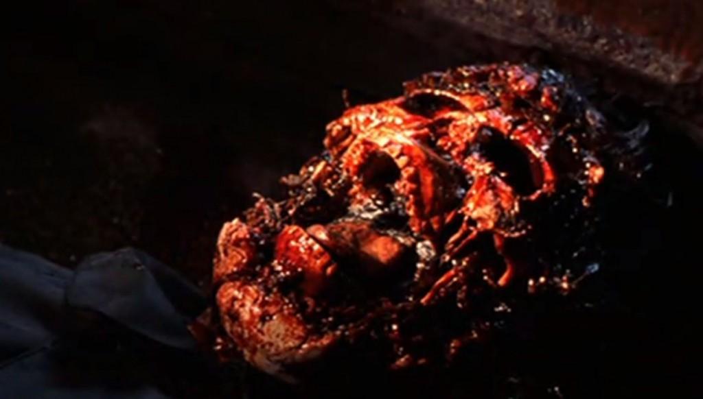 残酷な腐乱死体で発見される遺体