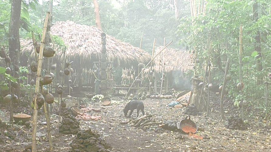 目的地の部落・村に到着するも無人と化している・・・