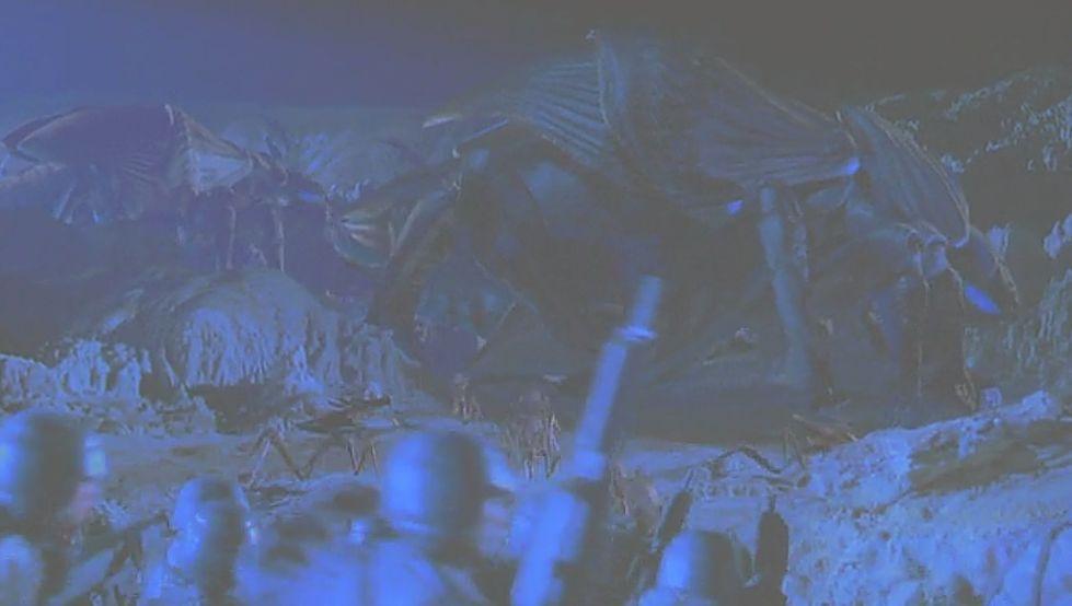 無数の先住昆虫型宇宙生物(アラクニド・バグズ)が襲ってくる!