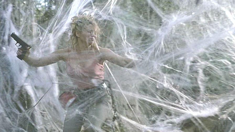 至る所に化物クモの罠(トラップ)糸の巣が張り巡らされてる!