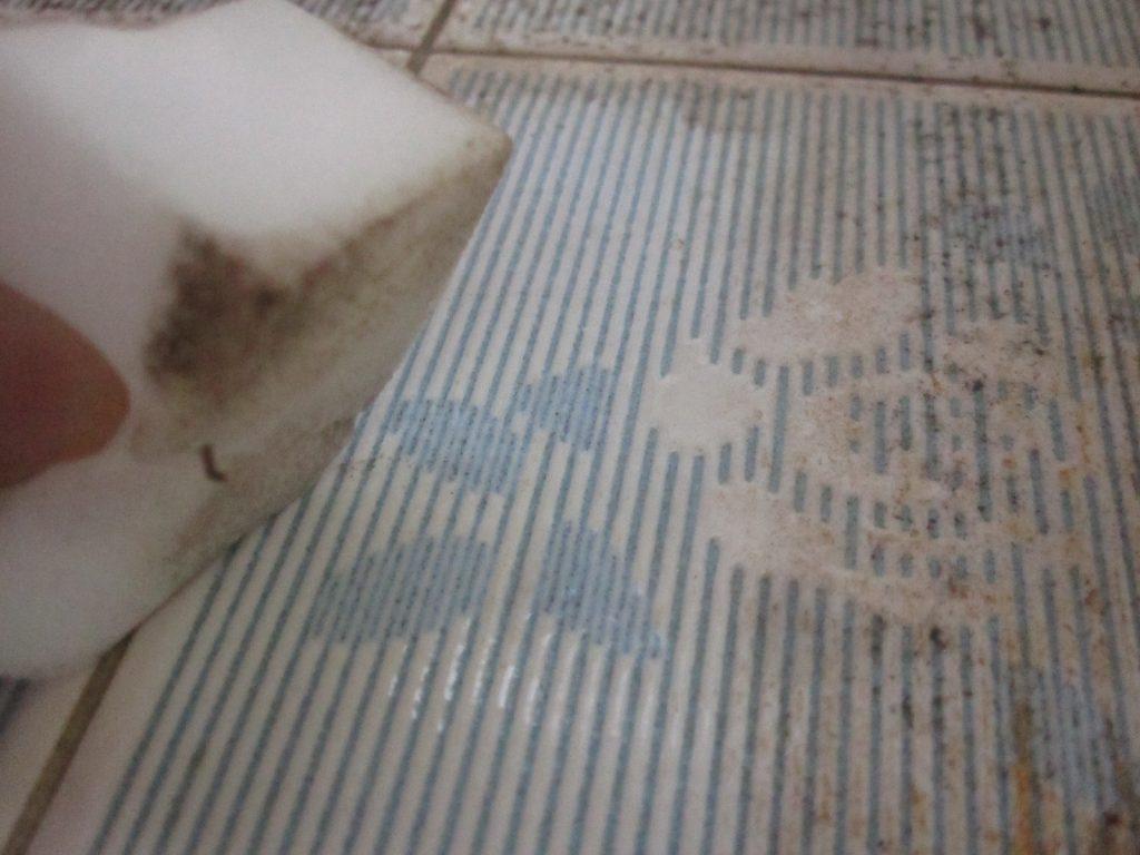水だけで綺麗にカビ汚れが落ちた証拠写真!