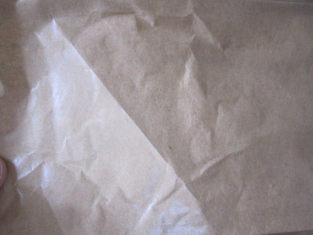 ハクリ紙を剥がした裏面に当たりクジで懸賞品がプレゼントされるなどの遊びゴコロが欲しい